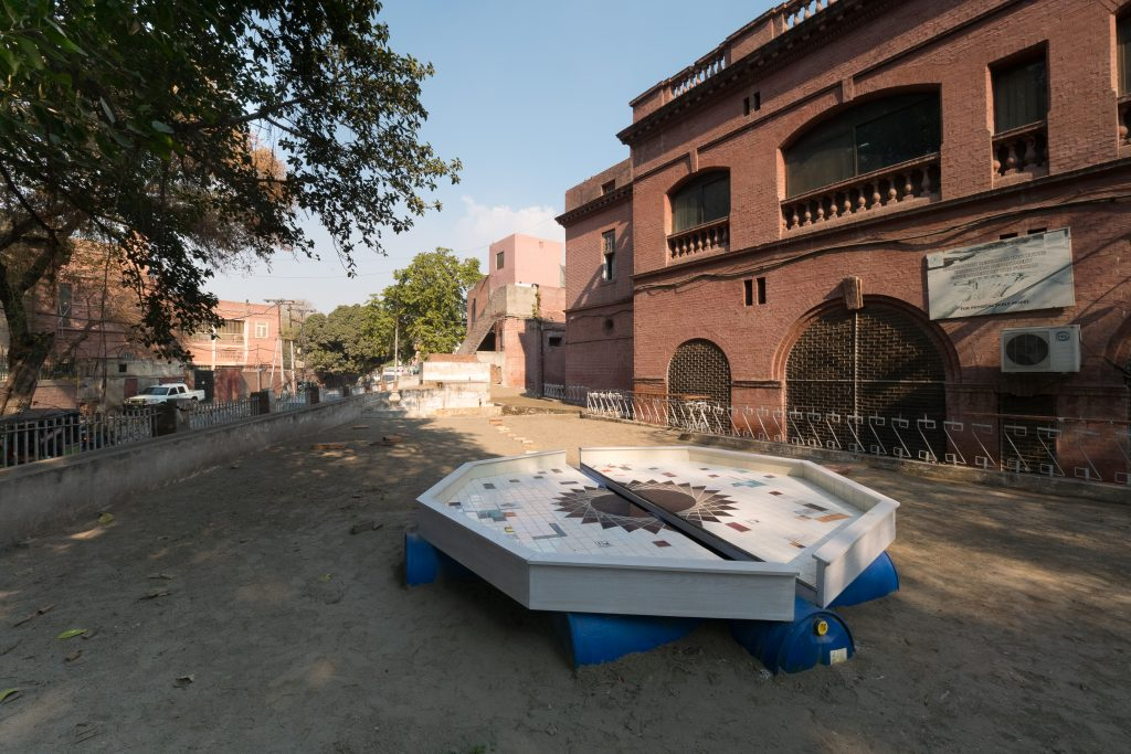 bahar bebahani, iranian artists, female artists, climate change art, climate art, art installation, lahore biennale, lahore art, persian art, tilework, Indian history, Ravi River, Lahore irrigation department